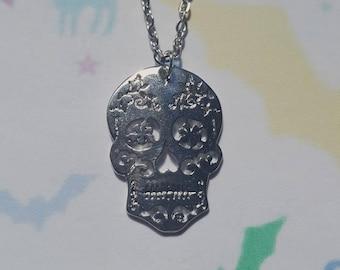 Sugar skull necklace, Sugar skull pendant, Pendant necklace, Day of the dead, Skull, Mexican, Día de Muertos, Sugar skull, Skulls