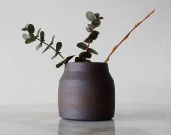 Pottery Bud Vase, Ceramic Bud Vase, Pottery Vase, Ceramic Vase, Cute Handmade Bud Vase, Bud Vase, Minimalist Pottery, Farmhouse Decor