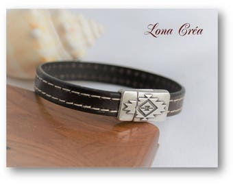 Men bracelet leather stitching, clasp engraved zamak geometry, ethnic leather bracelet, Bohemian leather bracelet, chic men's bracelet