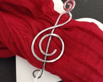 Music jewellery pin brooch, treble clef shawl pin, silver scarf pin, gift for her, musician, choir, orchestra, music lover, handmade jewelry