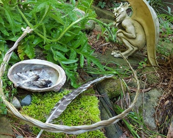 sweet grass braid for smudging - attracts good spirits - instructions included