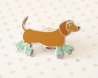 Dog enamel pin / Sausage dog pin / Dachshund pin / Hard enamel pin / Dog lover gift / Cute enamel pin / Dachshund enamel pin / Sausage dog