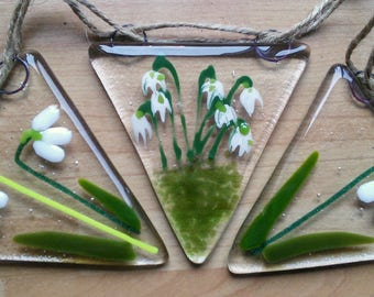Snowdrop bunting, fused glass bunting, floral bunting, snowdrop glass bunting, garden bunting, handmade glassart.