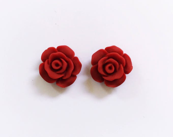 The 'Elaina' Flower Earring Studs