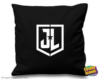 Justice League - Pillow Cushion Cover - Comic & TV Heros inspired-Superman-Wonder Woman-Batman-The Flash-Aquaman-Cyborg