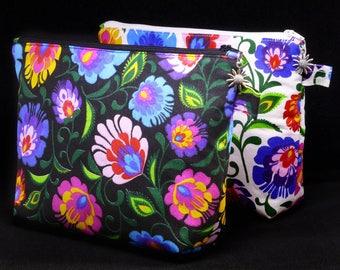 Folk Floral Wash Bag