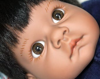 Adorable 1998 Lee Middleton Reva Schick Wee Wonder Infant Doll Boll AA or Indian Preemie Newborn Size