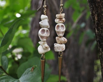 White stone skull Earrings bronze spike bead