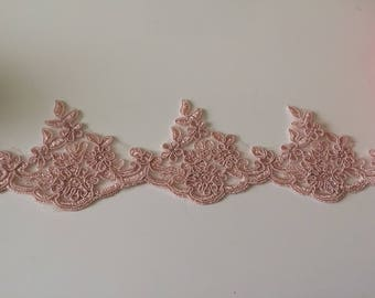 Pink lace guipure old 7 cm wide