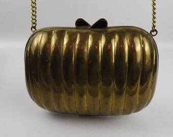 Vintage metal pillow evening bag/purse/clasp.