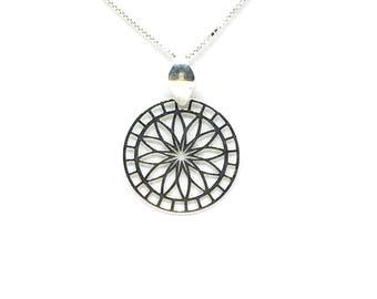Silver 925/1000 Venetian mesh and Dreamcatcher pendant necklace-dreams.