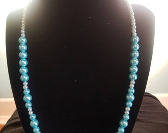 Blue and White pearl necklace