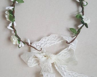 Flower Crown / White flower crown / Green leaf crown / baby headband / women accessories / wedding / mommy and me