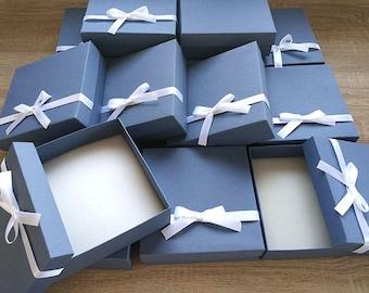 Large Box, wedding favor box, Packaging box, Bridesmaid Gift box, 25 Chocolate packaging box, sweet packaging box, Boxes with a ribbon,