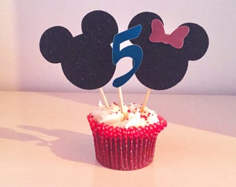 Minnie Mouse cupcake toppers. Party supplies.
