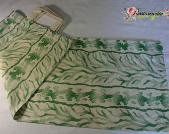 Beautiful green and ecru fabric bread bag