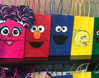 Sesame Street Birthday Party Favor Bags Set of 5/ Birthday Party Supplies/Bags/Ideas/Goody/ Fiesta/ Goodie/Treat/ Loot/ Gift/Favors/Candy