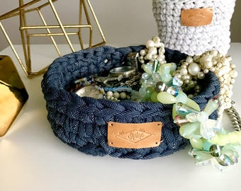 Cotton basket / 7in x 2.5in / Small / Navy blue & white / Crochet / Hand crocheted / Recycled cotton fiber