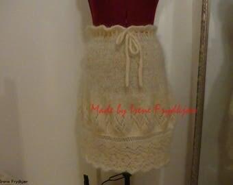 Knitted skirt in mohair yarn