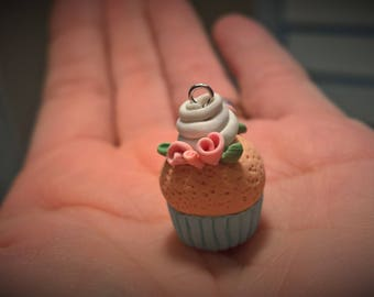 Pretty lil Cupcake Necklace Charm