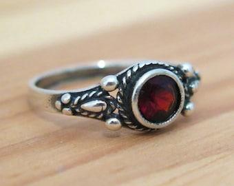 Sale - red Garnet ring, Garnet silver ring, silver Ring, small silver Ring, silver Garnet Ring, Gift For Her, January birthstone, red ring