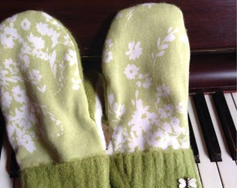 Sweater mittens  with lovely dragonfly buttons, medium