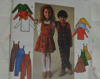 Simplicity 7352 Childs Knit Top Jumper Overalls Sewing Pattern - UNCUT Sizes  2 3 4