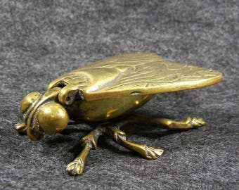 Brass Fly Insect Ashtray Sculpture Figurine Hinged Wings Big Eyes Vintage Collectible Tobacciana Matchbox England Hinged Lid Ring Gift Box