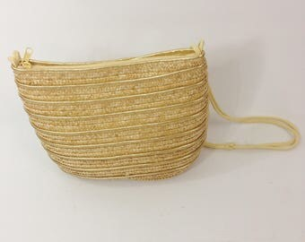 Vintage 1970's Straw and Gold Tone Purse One Size