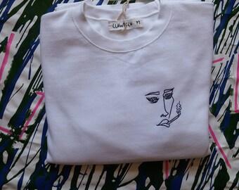 White Sweatshirt / white / girl / girl / medium