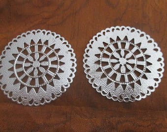 2 large prints / round filigree connectors silver 55 mm