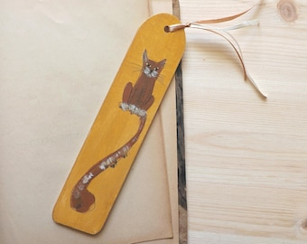 Wooden bookmarks Cat in Ocher, hand-painted laser cut unique gift for book cats lovers for her him, cheerful personalized wood bookmark cat