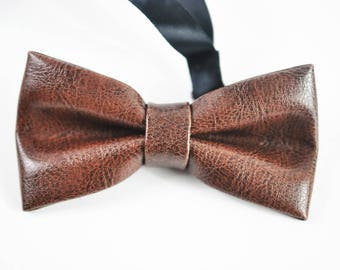 New Men Coffee Brown Classical PVC Solid Shining Leather Bow Tie Wedding Party