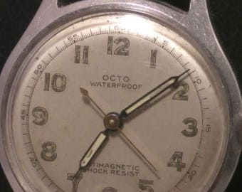 1940s mens Octo watch. Manual wind, incabloc, unbreakable main spring. Running & keeping correct time.