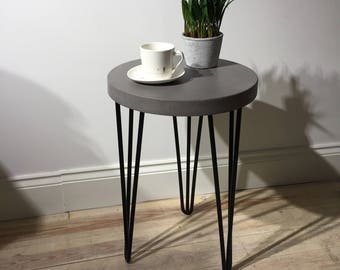 Concrete Industrial Bedside/ Side Table in Cool Grey // Black Steel Hairpin Legs // Light Weight Table Worktop