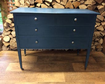 Vintage Chest Of Drawers / Dressing Table
