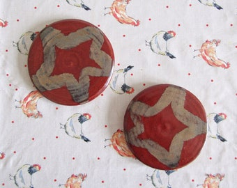 A Pair of Coasters - Festive Red - Xmas - Stoneware Pottery - Wheel Thrown - Rose Gold - Star Pattern