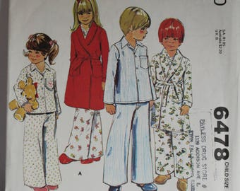 McCalls 6478  Child's robe and pajamas pattern
