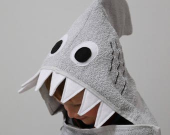 Shark Adult Hooded Bath Towel / Adult Hooded Towel / XL Adult Hooded Bath Towel / Shark Beach Towel / Extra Large Hooded Towel for Adults