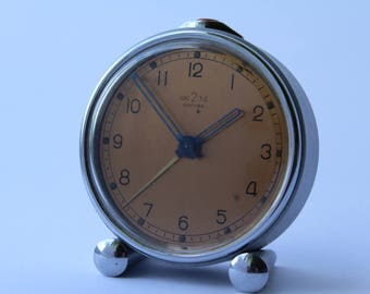 Very Rare  Soviet mechanical alarm clock of the Second Moscow watch factory. Soviet clock. Alarm USSR. Mechanical alarm. Vintage clock