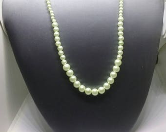 """Light Green Pearl Necklace 18"""""""