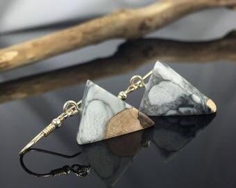 Resin wood earrings jewellery/wood resin earrings/grey-black-white/Harz jewelry/Epoxy resin/poison/gift idea/triangle/triangle
