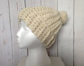Chunky Ribbed hat with pompom