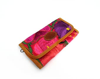 mexican embroidery wallet / purple and pink flower pattern