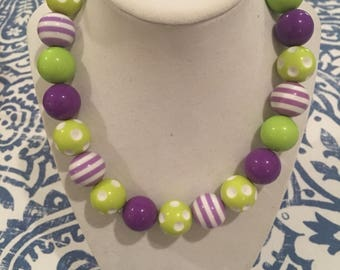 Purple and lime green bubblegum necklace !