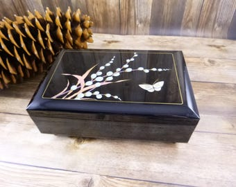 Black Lacquer Japanese Vintage Musical Jewelry Box | Asahi Japan Music Box | Plays Theme From Love Story