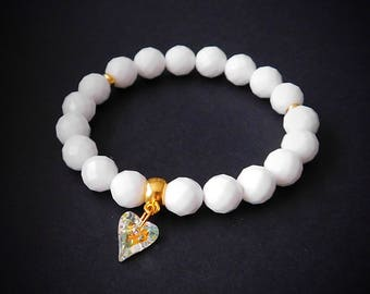 White bead bracelet - Womens bracelet - Alabaster bracelet - White Alabaster beads - Charm bracelet - Beaded bracelet -  Swarovski crystal