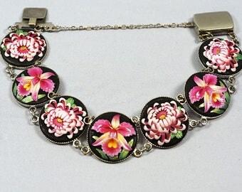 Toshikane Porcelain Japanese Bracelet