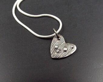 Hedgerow heart fine silver pendant