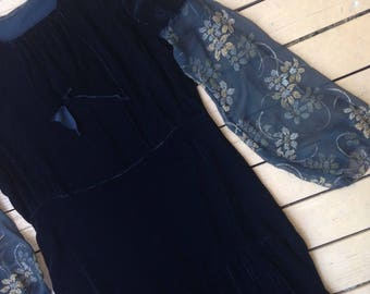 Antique 1920s black silk velvet and floral lamé embroidered sleeves